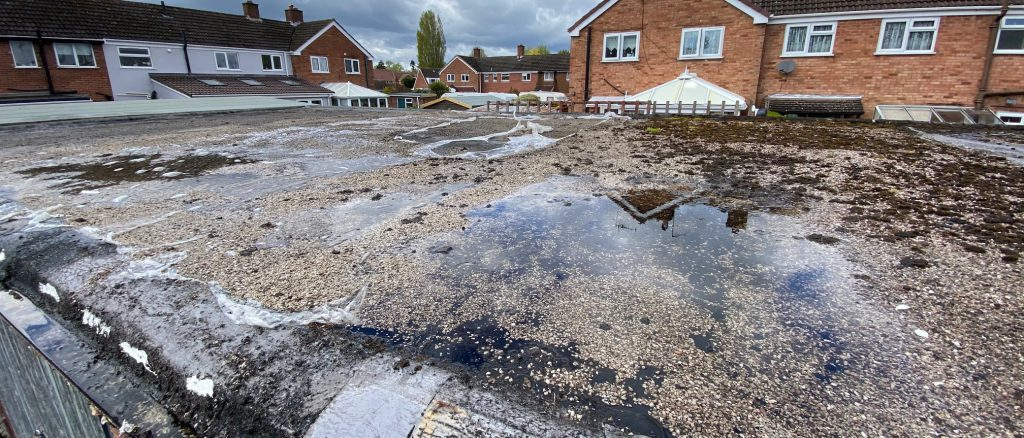 Causes for flat roof pooling and when it can become a problem